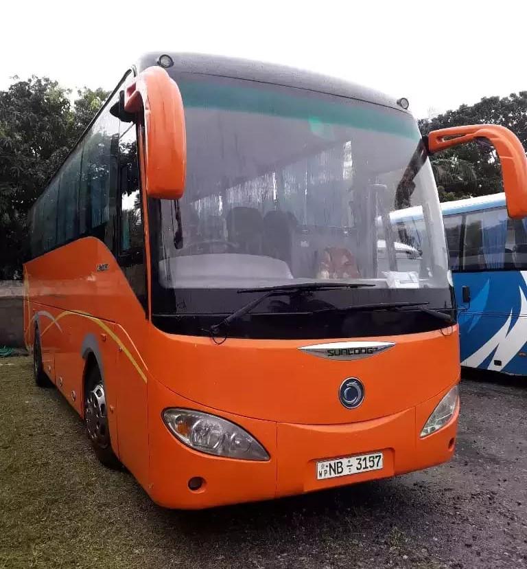 Randidu-Cabs-Vehicle-Fleet-Luxary-Bus2