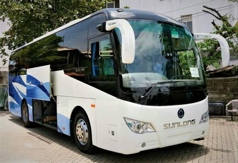 Randidu-Cabs-Vehicle-Fleet-Luxary-Bus6