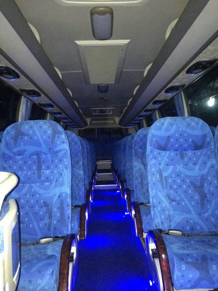 Randidu-Cabs-Vehicle-Fleet-Luxary-Bus7